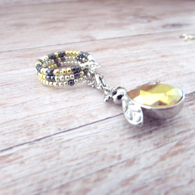 Bumble Bee Ring 4